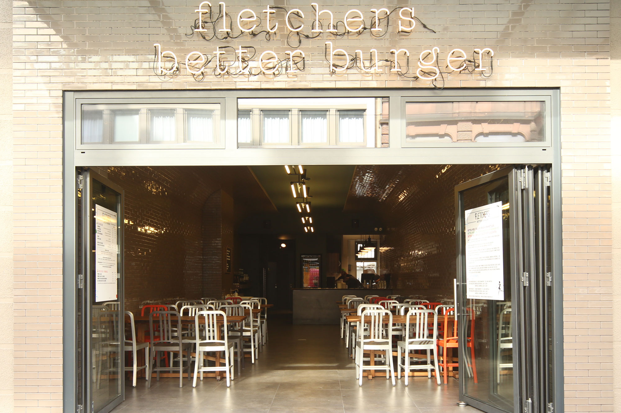 morgen-projects-fletchers-restaurant-bahnhofsviertel-1